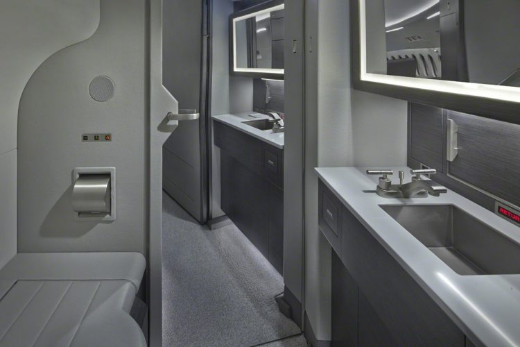 Falcon Jet 900 Interior and exterior
